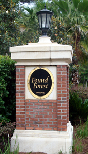 Entry Column at entrance to Found Forest enclave - Deer Colony Lane